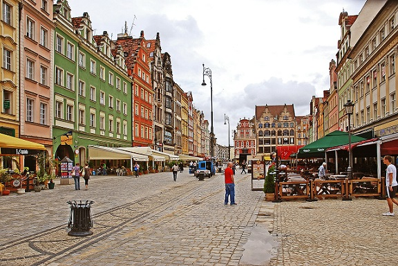 Wynajem camperów i przyczep campingowych Wrocław. Karawaning Wrocław